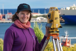 Sarah Marley Dolphin Theodolite Research (Photo: Phil Bouchet)
